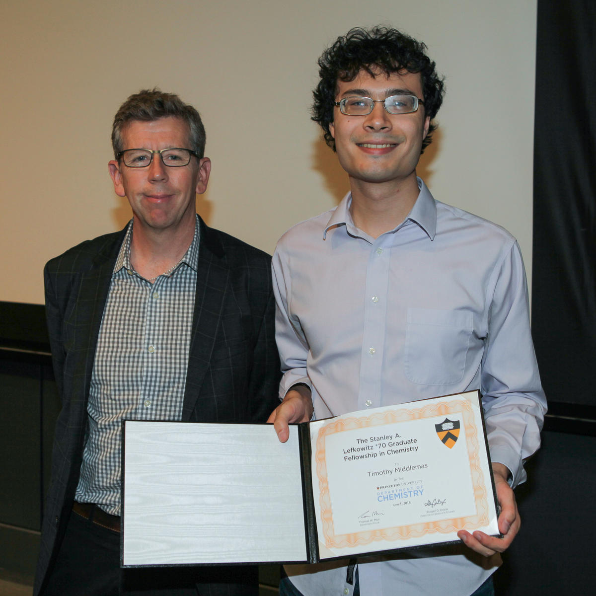 Tom Muir and Timothy Middlemas (Torquato lab), recipient of The Stanley A. Lefkowitz *70 Graduate Fellowship in Chemistry