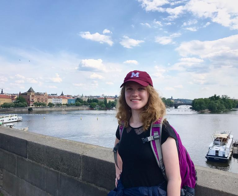 Jacqueline Dragon '19 International Internship in the Czech Republic